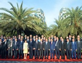 Thủ tướng Nguyễn Xuân Phúc hội đàm cùng Tổng Thư ký Đảng Dân chủ Tự do Nhật Bản