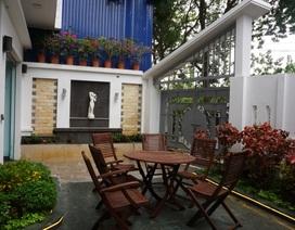 Chiêm ngưỡng ngôi biệt thự có đến 4 khu vườn xanh mát giữa lòng Hà Nội