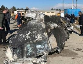 Tên lửa Iran bị nghi bắn trúng buồng lái máy bay Ukraine