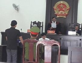 """Tự xưng """"phóng viên"""" tống tiền CSGT, thanh niên lĩnh 3 năm 6 tháng tù"""
