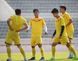 Cầu thủ U23 Việt Nam lộ vẻ mặt buồn bã trước giờ rời Buriram