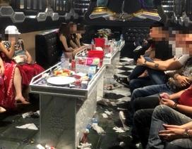 """20 thanh niên nam nữ """"mở tiệc"""" ma túy trong quán karaoke"""
