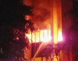 Cháy lớn tại tòa nhà dầu khí, xác định 1 người tử vong, nhiều người trọng thương