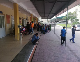Hà Tĩnh: Bị nợ lương công nhân kéo đến trụ sở công an cầu cứu