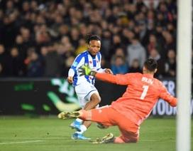 Văn Hậu dự bị trong ngày Heerenveen bại trận trước Feyenoord