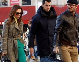 Victoria Beckham sành điệu cùng chồng ra phố