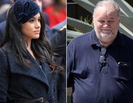 """Cha Meghan trách con gái """"bán rẻ"""" Hoàng gia Anh"""