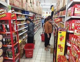 Cận Tết, gian hàng bánh kẹo, dầu ăn tấp nập khách, sức mua tăng gấp 4 ngày thường