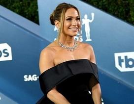 Jennifer Lopez kiêu sa trên thảm đỏ lễ trao giải SAG