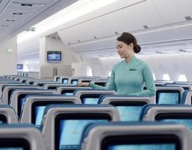 Tiếp viên Vietnam Airlines được khen vì trả lại cả túi kim cương khách quên trên máy bay