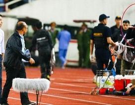 Người từng chế nhạo HLV Park Hang Seo mất việc ở Thái Lan