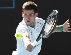 Australian Open: Djokovic thắng nhàn, Federer vất vả đi tiếp sau loạt tie-break nghẹt thở