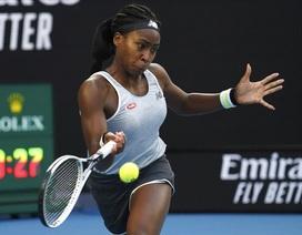 Australian Open: ĐKVĐ Osaka thua tay vợt 15 tuổi, Serena Williams cũng dừng bước