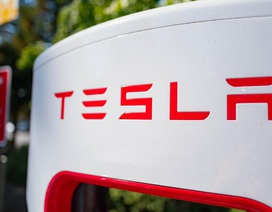 Tesla chỉ còn thua Toyota về giá trị doanh nghiệp