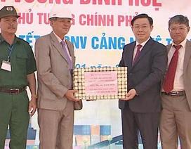 Phó Thủ tướng Vương Đình Huệ thăm cảng Cửa Lò ngày đầu năm
