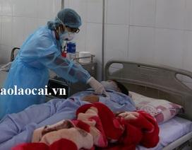 Trung Quốc trao trả 5 công dân Việt Nam nghi nhiễm vi rút Corona