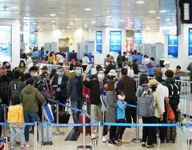 Cách ly hàng nghìn khách từ sân bay, dừng miễn visa cho người Hàn Quốc