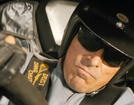 """""""Ford v Ferrari"""": Khi cuộc đua chính là cuộc đời và người đàn ông khóc sau vô-lăng..."""