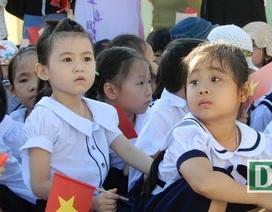 Học sinh nghỉ học vì dịch Corona, phụ huynh lấn bấn tìm người trông trẻ