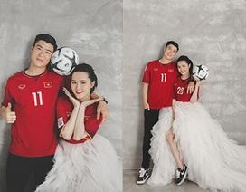Duy Mạnh - Quỳnh Anh tung ảnh cưới nhắng nhít với áo cầu thủ
