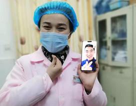 Cặp đôi Trung Quốc cưới nhau qua... videocall thời dịch virus corona