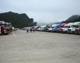 Do dịch corona, nhiều xe nông sản phải nằm chờ ở các cửa khẩu