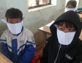 Nghệ An: Nhóm học sinh đùa, lấy giấy làm khẩu trang phòng dịch virus Corona