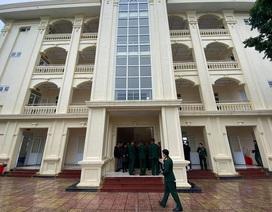 Dịch nCoV: Du khách bị cách ly ở khách sạn hạng sang, ai trả tiền?