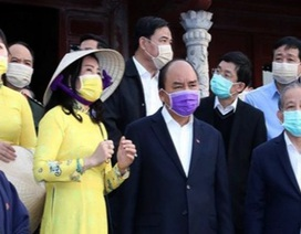 Thủ tướng thị sát công tác phòng chống dịch corona tại Thừa Thiên Huế