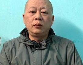 Hà Nội: Chuẩn bị thu gom rác, công nhân môi trường bị đánh gãy tay