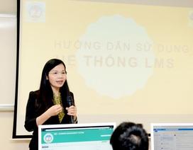 Sinh viên Kinh tế Quốc dân chuyển sang học Blended learning vì virus corona
