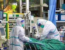 Bác sĩ Trung Quốc kể chuyện cả tháng ròng chống dịch, nhiều lần bật khóc