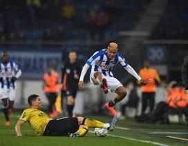Hậu vệ trái Heerenveen ghi bàn giúp đội nhà giành 1 điểm