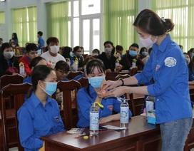 Trở lại trường, sinh viên ĐH Kiên Giang học ngay cách phòng virus Corona