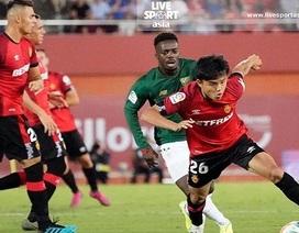 Thần đồng Nhật Bản bị HLV đội nhà phân biệt chủng tộc khi đá ở La Liga