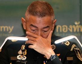 Tư lệnh Thái Lan khóc xin lỗi vì vụ binh sĩ thảm sát 29 người