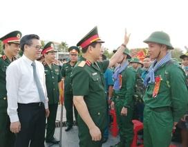 Tổng Tham mưu trưởng động viên tân binh lên đường nhập ngũ