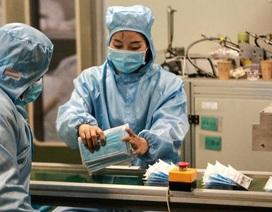 Công ty điện thoại, xe hơi Trung Quốc chuyển sang sản xuất khẩu trang