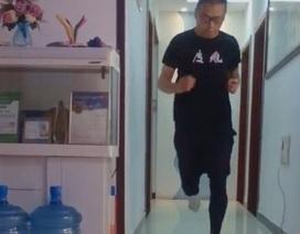 Giữa dịch corona, vận động viên marathon chạy 50km ngay trong căn hộ