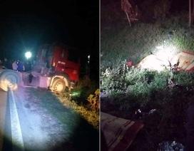 Hà Nội: Va chạm với xe đầu kéo, 3 người trong gia đình tử vong