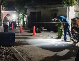 Nhóm thanh niên mang dao truy sát người trên phố