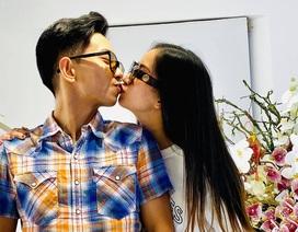 """Sau 10 năm """"vô tâm"""", Phan Hiển khiến Khánh Thi rơi nước mắt xúc động"""