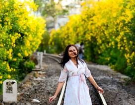 Đẹp mê mẩn hoa huỳnh liên nở vàng rực bên đường tàu Sài Gòn