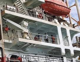 Cách ly con tàu từ vùng dịch corona Trung Quốc cập cảng Nhà Bè