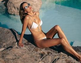 Alessandra Ambrosio gợi cảm và trẻ trung ở tuổi 39