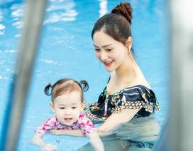 Lan Phương gây tranh cãi vì đưa con gái đi bơi giữa dịch corona