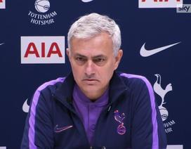 """HLV Mourinho """"đòi"""" chức vô địch Premier League cho Man Utd"""