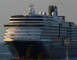 Khẩn cấp truy tìm hơn 1.000 hành khách trên du thuyền cập cảng ở Campuchia