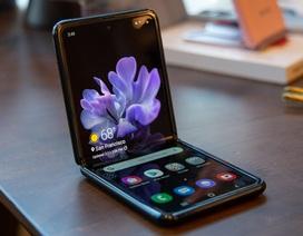 """Mở đợt đặt hàng thứ hai, Galaxy Z Flip tiếp tục """"cháy hàng"""" tại Việt Nam"""