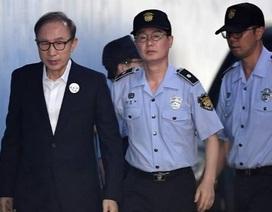 Cựu Tổng thống Hàn Quốc thụ án 17 năm tù vì nhận hối lộ